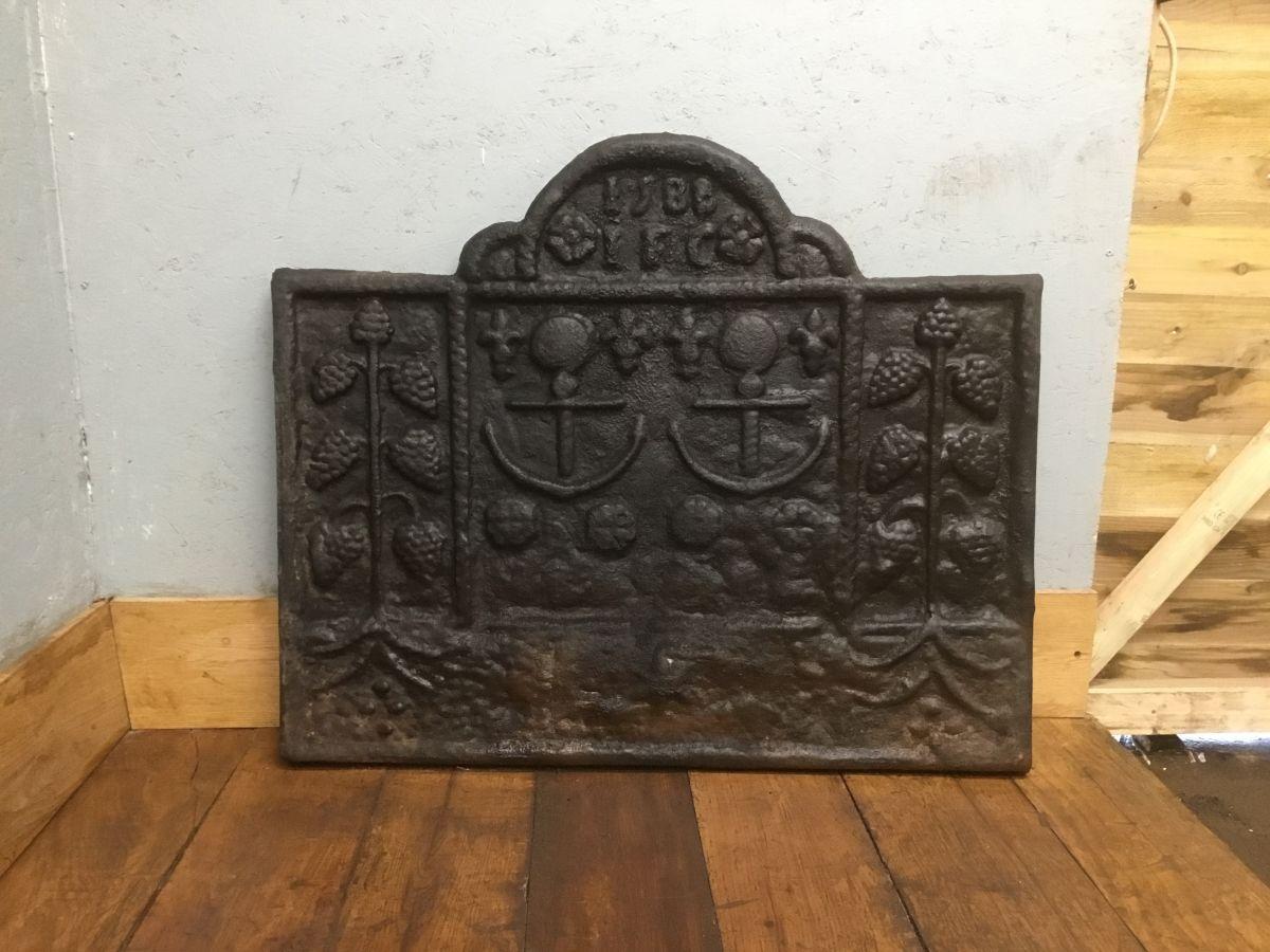 1588 I.F.C Cast Iron Fire Back