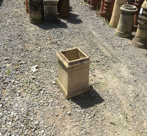 Baige Square Lipped Chimney Pot