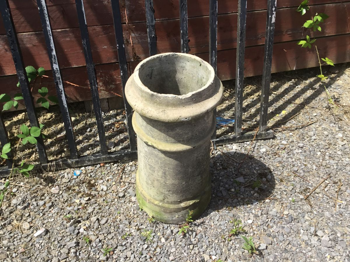 Grey Cannon Head Double Lipped Chimney Pot