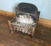 Fire Back Integrated Basket & Fire Brick