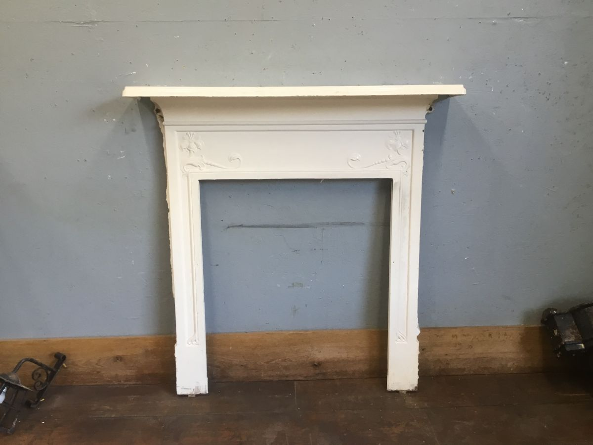 Cast Iron White Detail Fire Surround